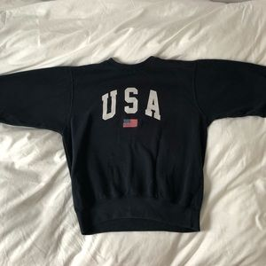 brandy melville USA pullover